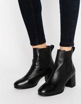 park-lane-kitten-heel-chelsea-boots
